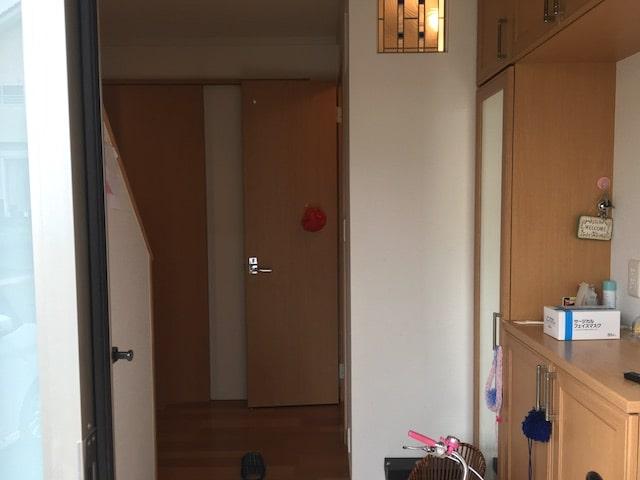 トイレが玄関前
